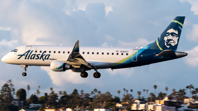A picture of N188SY - Embraer E175LR - Alaska Airlines - © Ricky Teteris
