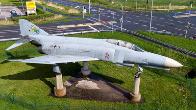 38-14 - McDonnell Douglas F-4F Phantom II - Germany - Air Force