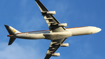 EC-GJT - Airbus A340-313 - Iberia