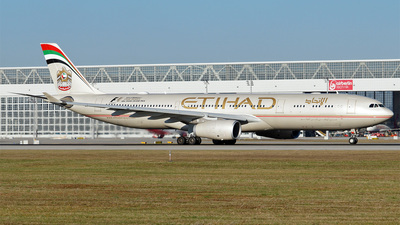 A6-AFD - Airbus A330-343 - Etihad Airways