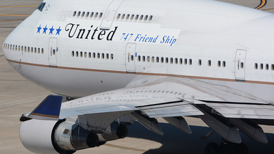 N118UA - Boeing 747-422 - United Airlines
