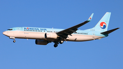 HL8240 - Boeing 737-8BK - Korean Air