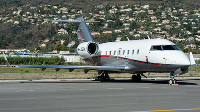 M-JSTA - Bombardier CL-600-2B16 Challenger 604 - Private