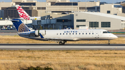 N929SW - Bombardier CRJ-200ER - United Express (SkyWest Airlines)