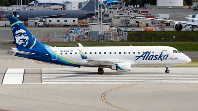 A picture of N645QX - Embraer E175LR - Alaska Airlines - © Steve Brimley