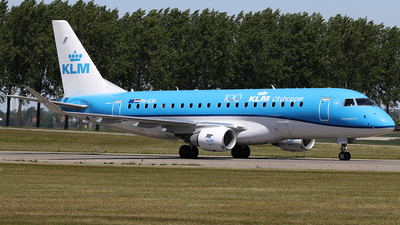 A picture of PHEXS - Embraer E175STD - KLM - © Jeroen Stroes