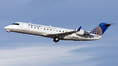 A picture of N472CA - Bombardier CRJ200ER - United Airlines - © HA-KLS