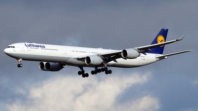 D-AIHT - Airbus A340-642 - Lufthansa
