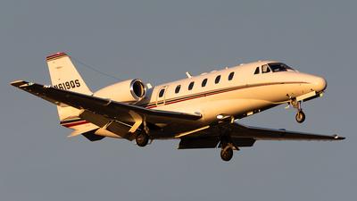 A picture of N619QS - Cessna 560XLS Citation Excel - NetJets - © HAOFENG YU