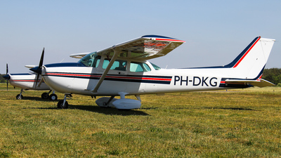 PH-DKG - Cessna 172P Skyhawk II - Private