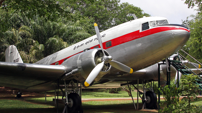 CR-822 - Douglas C-47A Skytrain - Sri Lanka - Air Force