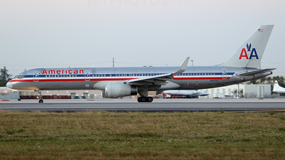 A picture of N653A - Boeing 757223 - [24611] - © Joshua Ruppert