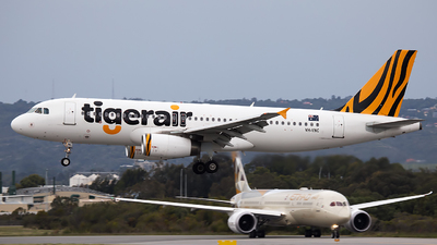 VH-VNC - Airbus A320-232 - Tiger Airways