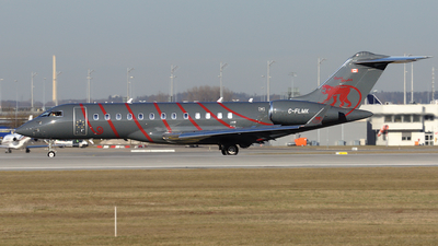 C-FLMK - Bombardier BD-700-1A10 Global Express XRS - Private