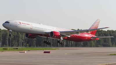 EI-UNM - Boeing 777-312 - Rossiya Airlines