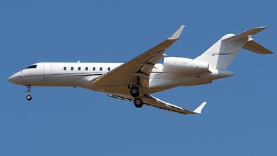 G-LAMO - Bombardier BD-700-1A11 Global 5000 - Concierge U