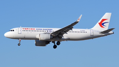 B-30AV - Airbus A320-251N - China Eastern Airlines