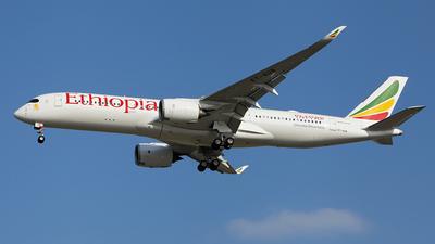 ET-AUB - Airbus A350-941 - Ethiopian Airlines