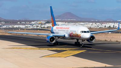 G-LSAK - Boeing 757-23N - Jet2.com