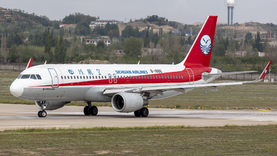 A picture of B1886 - Airbus A320214 - Sichuan Airlines - © Eric Wang