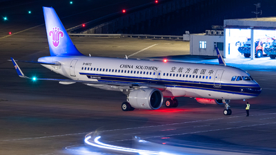 B-8672 - Airbus A320-271N - China Southern Airlines