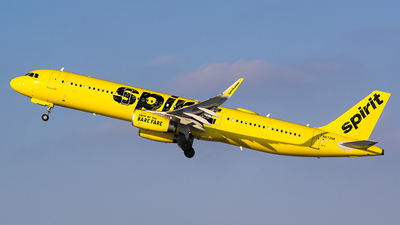 A picture of N672NK - Airbus A321231 - Spirit Airlines - © John Newsome