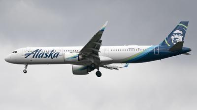 A picture of N921VA - Airbus A321253N - Alaska Airlines - © Jose R. Ortiz