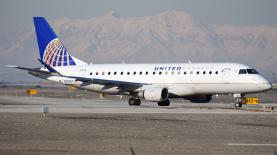 A picture of N203SY - Embraer E175LR - United Airlines - © Michael Rodeback