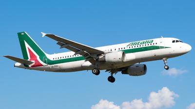 A picture of EIDSU - Airbus A320216 - Italia Trasporto Aereo - © my_hobby_aviation