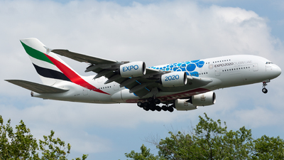 A picture of A6EVH - Airbus A380842 - Emirates - © Frank-Li