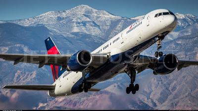 N616DL - Boeing 757-232 - Delta Air Lines