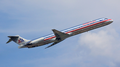 N9615W - McDonnell Douglas MD-82 - American Airlines