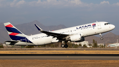 PR-TYV - Airbus A320-214 - LATAM Airlines