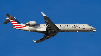 A picture of N502AE - Mitsubishi CRJ701ER - American Airlines - © Jeremy D. Dando