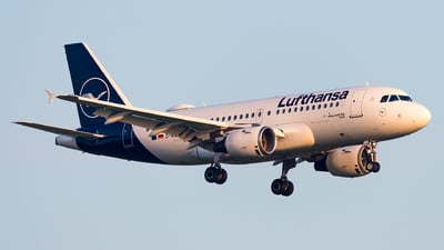 A picture of DAILH - Airbus A319114 - Lufthansa - © Markus Schwab