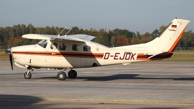 A picture of DEJDK - Cessna P210N Pressurized Centurion II - [P21000808] - © Gerhard Ruehl
