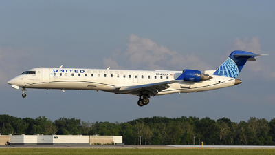A picture of N549GJ - Mitsubishi CRJ550 - United Airlines - © DJ Reed - OPShots Photo Team