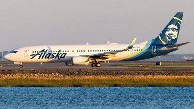 A picture of N402AS - Boeing 737990(ER) - Alaska Airlines - © HA-KLS