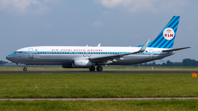 PH-BXA - Boeing 737-8K2 - KLM Royal Dutch Airlines