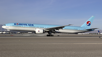 HL7782 - Boeing 777-3B5ER - Korean Air