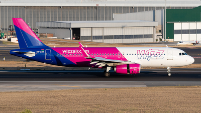 A picture of HALWR - Airbus A320232 - Wizz Air - © Rui Cardoso