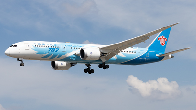 A picture of B20C6 - Boeing 7879 Dreamliner - China Southern Airlines - © Shon Fridman