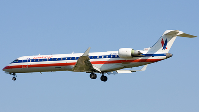 N501BG - Bombardier CRJ-701ER - American Eagle
