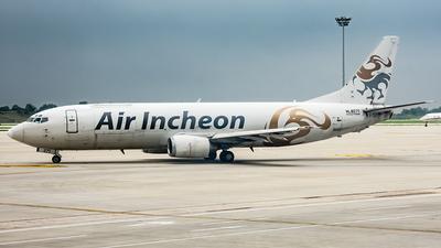 HL8271 - Boeing 737-4Y0(SF) - Air Incheon