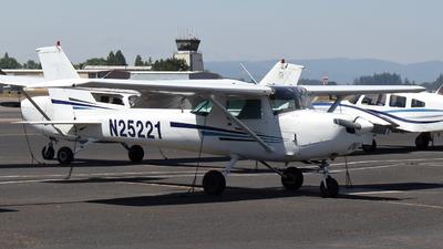 N25221 - Cessna 152 - Hillsboro Aero Academy