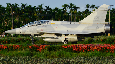 2057 - Dassault Mirage 2000-5DI - Taiwan - Air Force