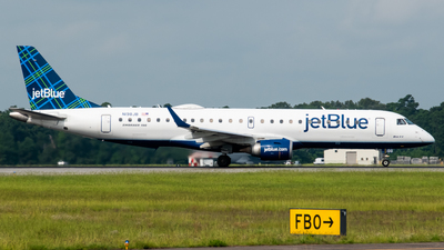 A picture of N198JB - Embraer E190AR - JetBlue Airways - © Devin R