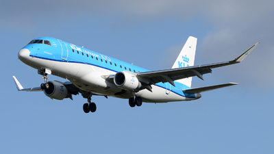 A picture of PHEXT - Embraer E175STD - KLM - © Romain Salerno / Aeronantes Spotters