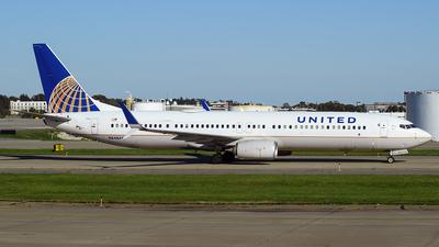 N64844 - Boeing 737-924ER - United Airlines