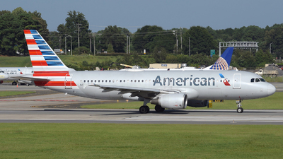 A picture of N103US - Airbus A320214 - American Airlines - © DJ Reed - OPShots Photo Team